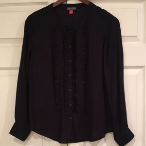 VINCE CAMUTO Blouse w/ Ruffle Front Detail XS
